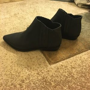 L.A.M.B. Shoes - LAMB ankle boots