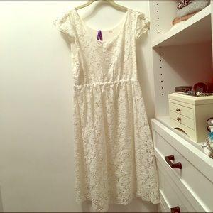 Seraphine Dresses & Skirts - WHITE LACE MATERNITY DRESS