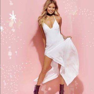 Blue Life Dresses & Skirts - One Slit Halter Maxi