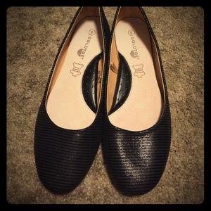 Gold Toe Shoes - Black Gold- Toe Flats size 8