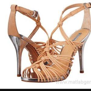SCHUTZ Shoes - Schutz Dyvyna heels