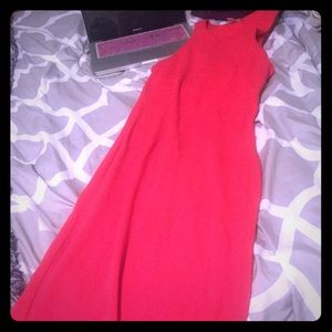 Dresses & Skirts - Stretchy midi dress. Worn once. H&M. Color, coral