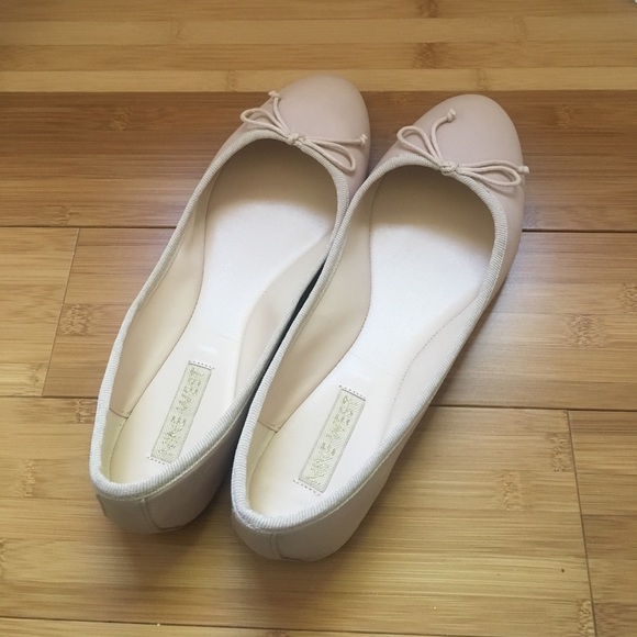 latest trends of 2019 fresh styles 2019 hot sale NIB Nine West Classica Ballet Flat in Natural NWT