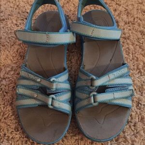 Teva Other - Teva kids sandals sz. 2