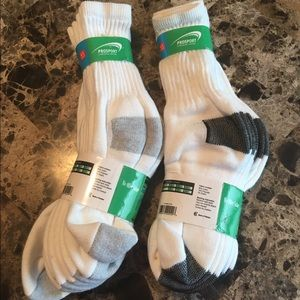 ProSport Other - New Children Mid-Calf Crew Socks white Size 5-10