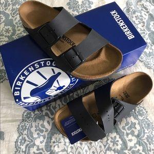 Birkenstock Shoes - NIB Birkenstock Birko-Flor Arizona Sandals