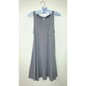 Derek Heart Dresses & Skirts - Simple semi choker dress