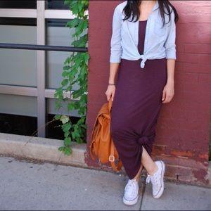GAP Dresses & Skirts - GAP burgundy maxi dress.