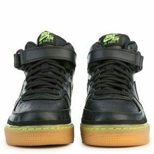 NEW Nike Air Force 1 Mid LV8 BlackLime GreenGum NWT