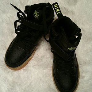NEW Nike Air Force 1 Mid LV8 Black/Lime Green/Gum NWT
