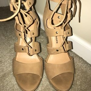 d57f5016f56e Chinese Laundry Shoes - Misty Wedge Sandal