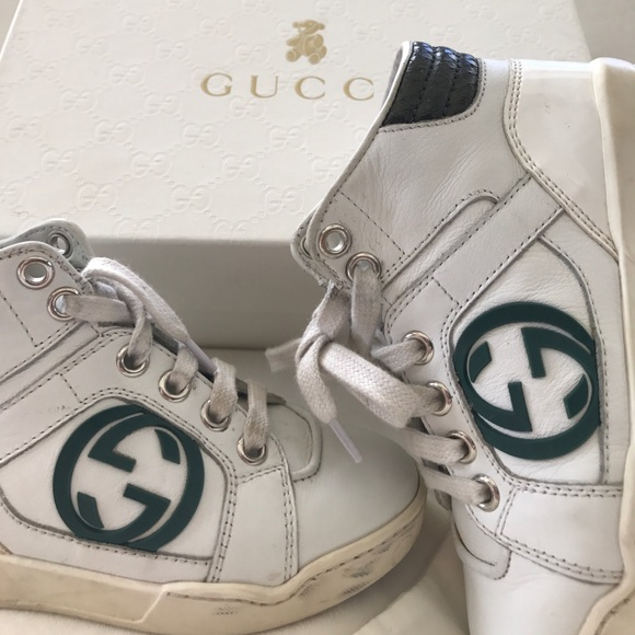 69 off gucci other boys gucci crocodile green white high top sneakers from fabulous 39 s. Black Bedroom Furniture Sets. Home Design Ideas
