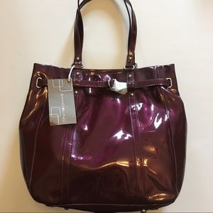 Bandolino Patent Amarante Bucket Handbag
