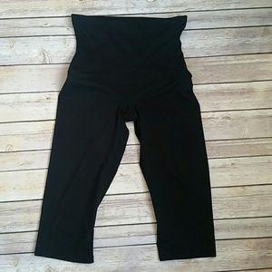 SPANX Other - Spanx Capri Shorts