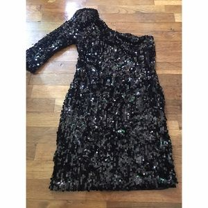 Dresses & Skirts - Black Sequin Party Dress