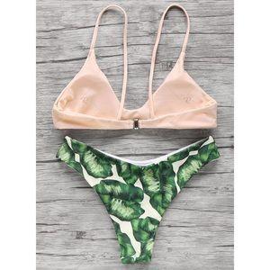 4dc1a30751 Swim - 🌿LAST ONE! Palm Leaf Print Strappy Bikini🌴