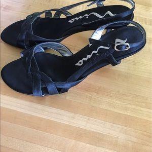 Nina Shoes - Black Nina Heels 7 1/2