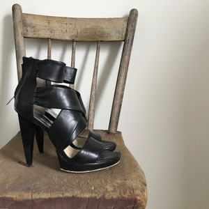 Michael Kors black leather strappy sandal heels