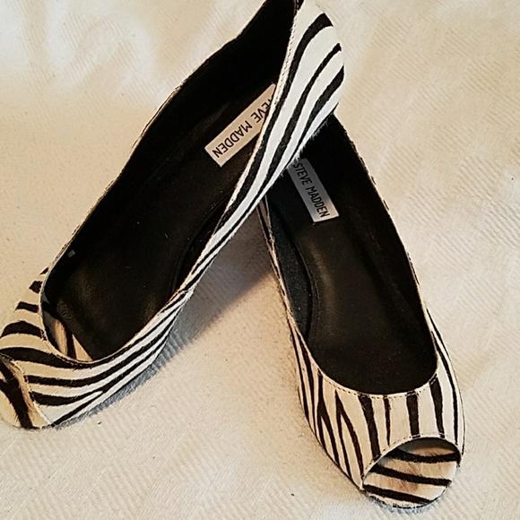 steve madden zebra kitten heel peep toe steve madden