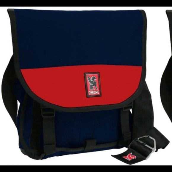 4c7da0f76480 Chrome Industries Other - Chrome Industries Vega messenger bag