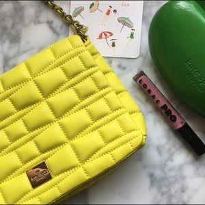 kate spade Handbags - Kate Spade•Quilted Bow Crossbody
