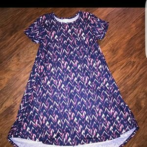 Dresses & Skirts - Lularoe xs carly