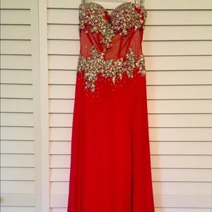 Dresses & Skirts - Red Formal Gown