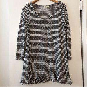 3/$30 SALE!   Lucy & Laurel Sweater Dress