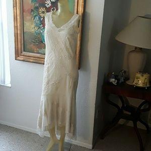Newport News Dresses & Skirts - Elegant Newport News dress size 10