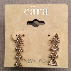 CARA Jewelry - CARA Crystal Earrings