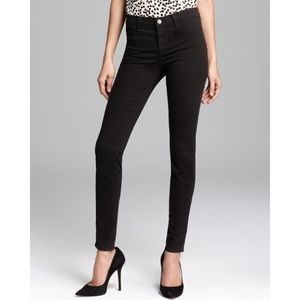 [J Brand] Luxe Sateen Mid-Rise Super Skinny
