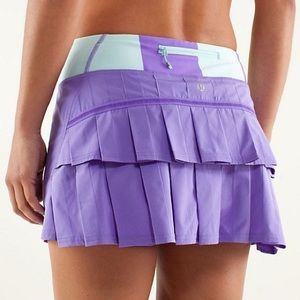 Lululemon run: pace setter skirt