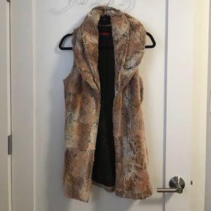 Alice & Olivia Jackets & Blazers - Alice + Olivia faux fur vest