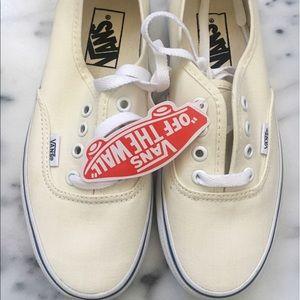 Shoes - Off White Vans