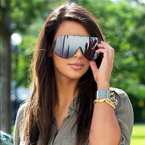 100 Off Accessories Kim Kardashian Rainbow Porsche