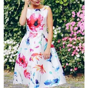 chicwish Dresses & Skirts - Floral Fit and Flare Dress