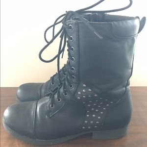 """Pink & Pepper Shoes - Size 8 """"Pink & Pepper"""" Black Combat Boots"""