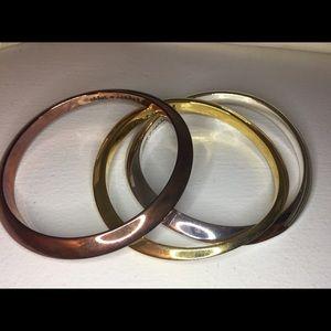Jewelry - NEW - Tri color bangles