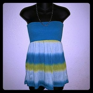 5/25.  Maurices blue ombre tube top