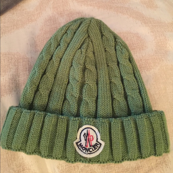 Moncler kids green ribbed beanie hat