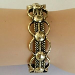 Lady Adorned Boutique Jewelry - Stretch Link Bracelet