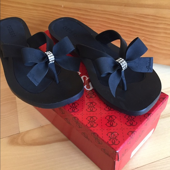 6c5343aed797 NWT GUESS NAVY BLUE TUTU FLIP FLOPS SIZE 8