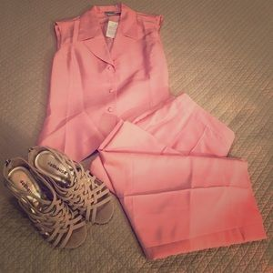 Newport News Other - Gorgeous Rose Colored Pants Suit