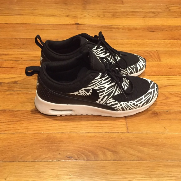 Nike Air Max Thea zebra print