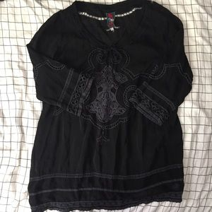 Johnny Was Tops - JOHNNY WAS Black XL Embroidered Tunic Long Sleeve