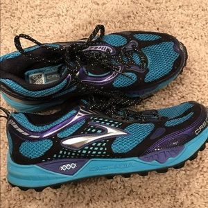 Brooks Shoes - Brooks gym shoes - never worn!