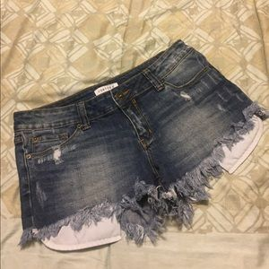 Just USA Distressed Denim Shorts - Medium