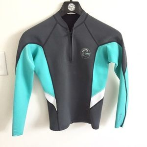 O'Neill Other - O'Neill wetsuit top Bahia 1 mm size 8- make offer