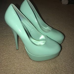 Shoes - Blue pumps