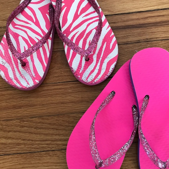 bcfa8272d11cf jumping beans Other - KIDS 2 Pairs Jumping Beans Pink Sparkle Flip Flops